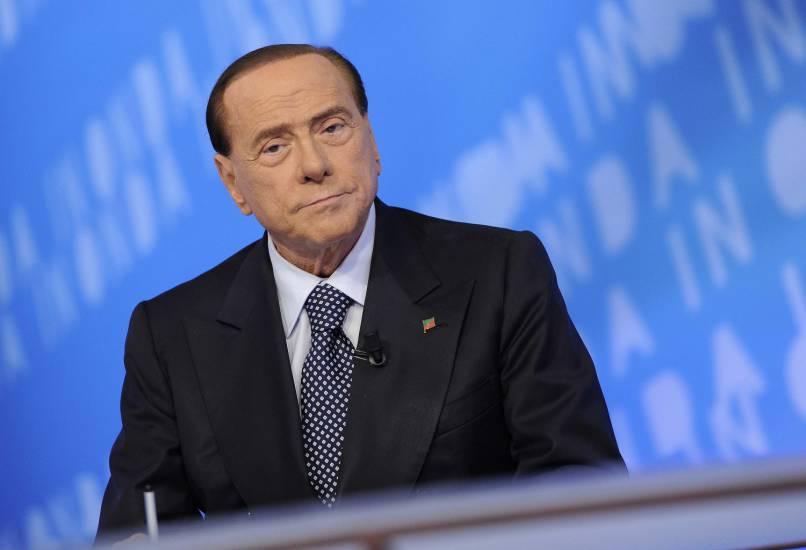 """Berlusconi: """"Alfano ha sostenuto la sinistra, impossibile un'alleanza a livello nazionale"""""""